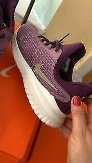 NIKE RENEW RIVAL FOR GIRLS SIZE 7Y OR ADT 9